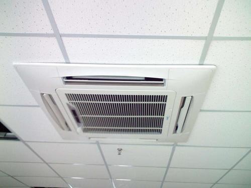 中央空调出风口滴水维修